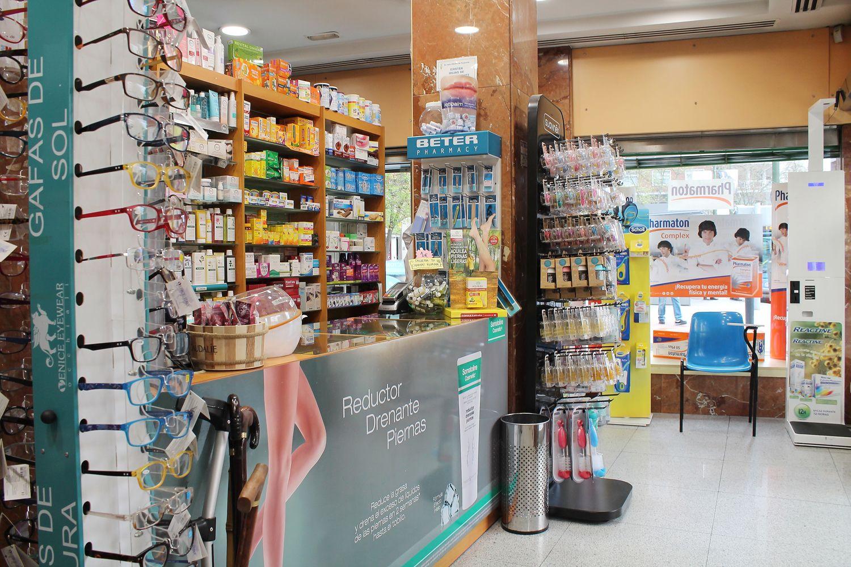 Farmacia abierta en el Barrio de Salamanca con artículos ortopédicos