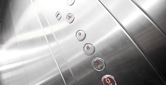 Instalación de ascensores por subvención de la Comunidad de Madrid