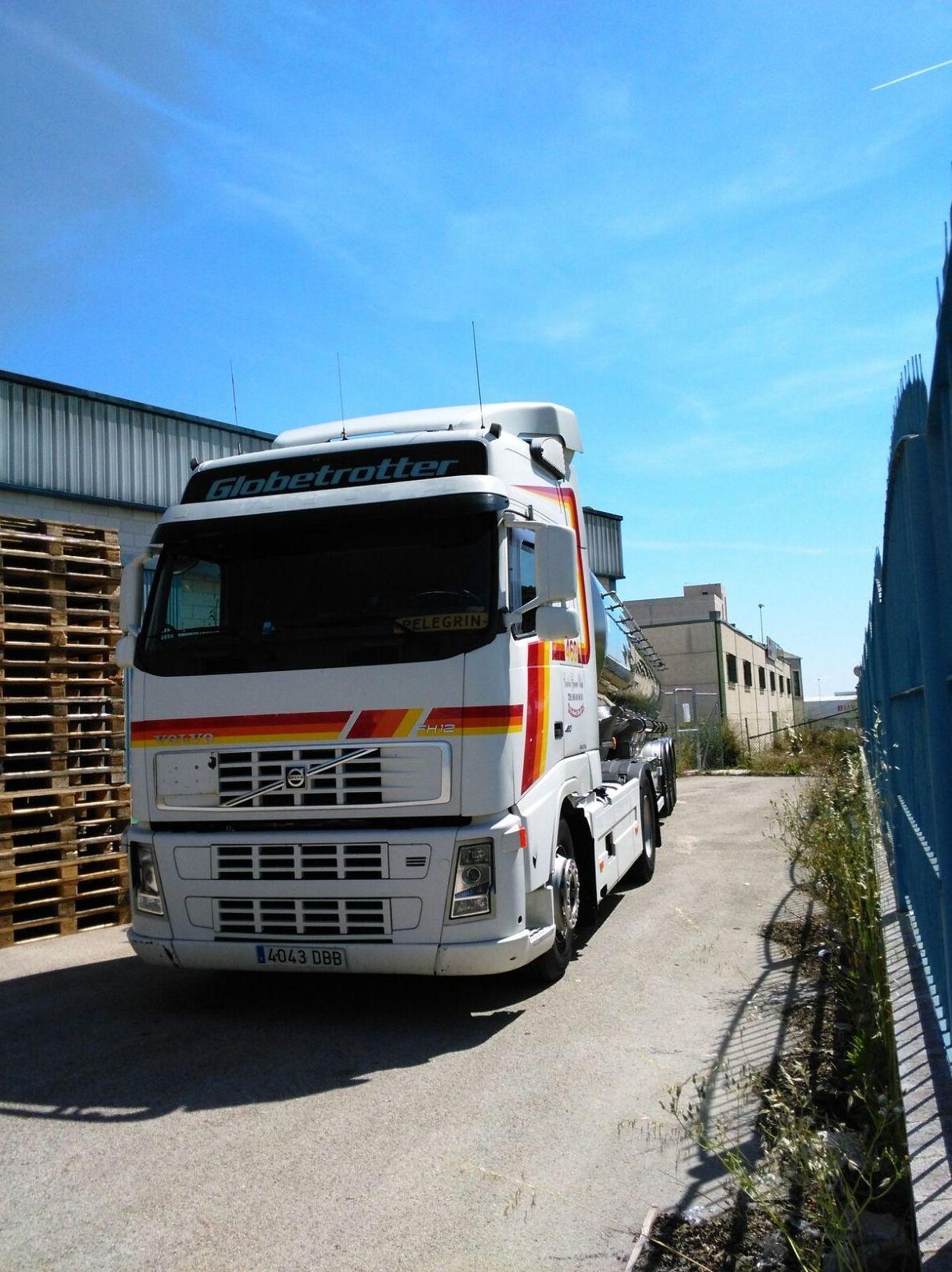 Foto 14 de Transporte de mercancías alimenticias en Sanlúcar de Barrameda   Transportes Cristobal  Guerrero Villalar