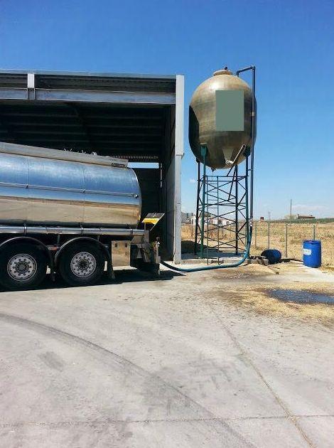 Foto 18 de Transporte de mercancías alimenticias en Sanlúcar de Barrameda | Transportes Cristobal  Guerrero Villalar