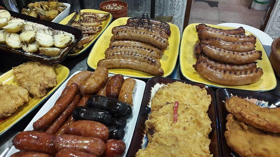Menú diario con entrantes, primeros y segundos platos