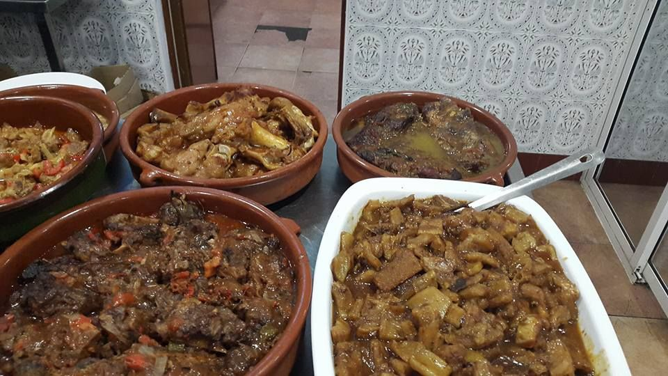 Carta de platos combinados en Constantí