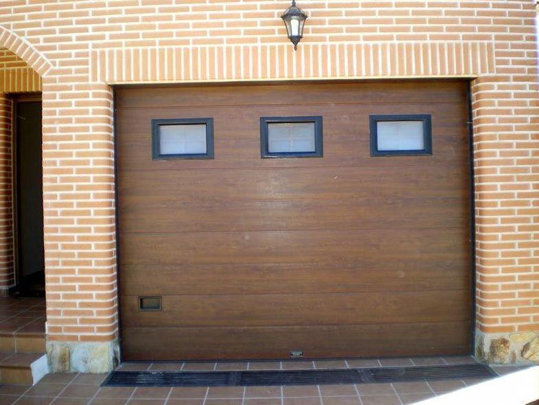 P30 - Puertas de entrada,garaje,comunidades