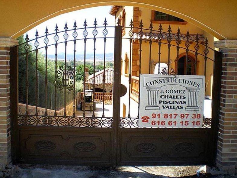 P17 - Puertas de entrada,garaje,comunidades