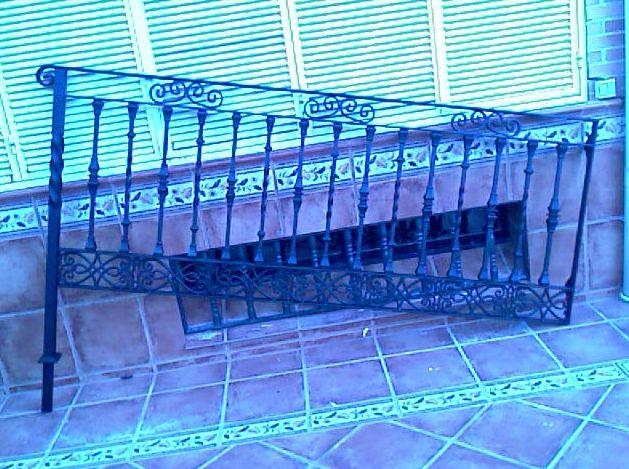 B22 - Barandilla de escalera