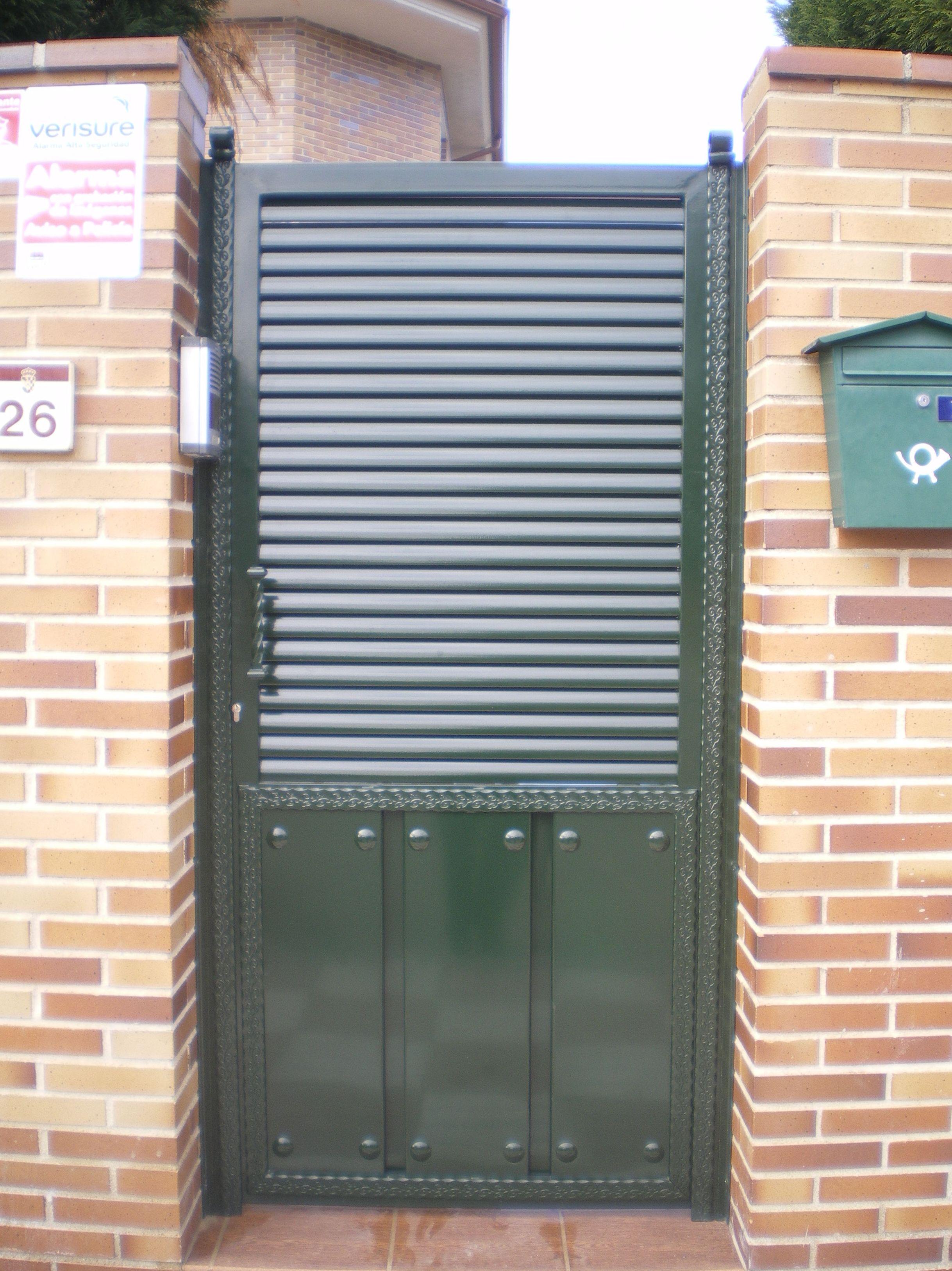 P21 - Puertas de entrada,garaje,comunidades