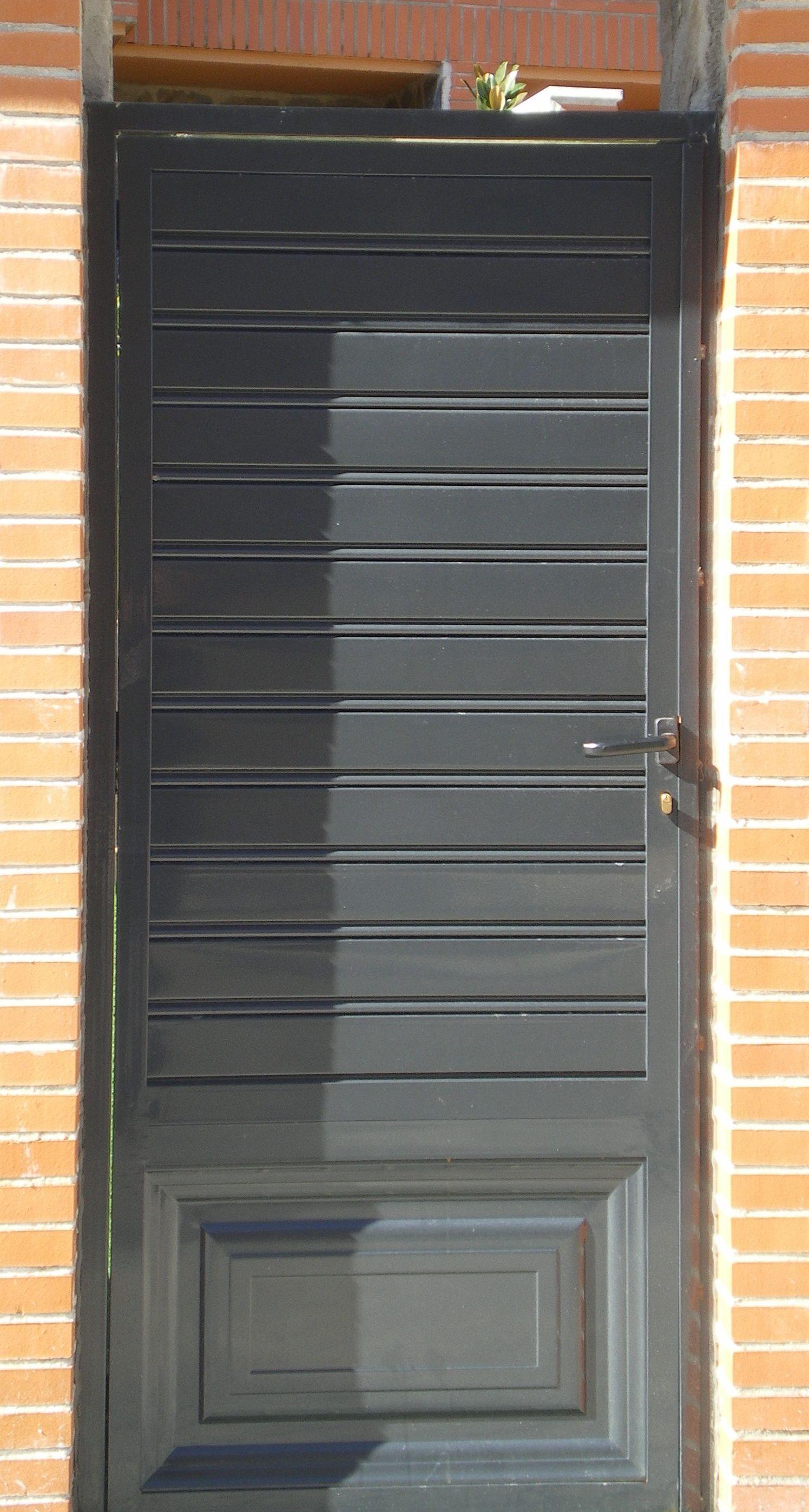 P38 - Puerta de acceso
