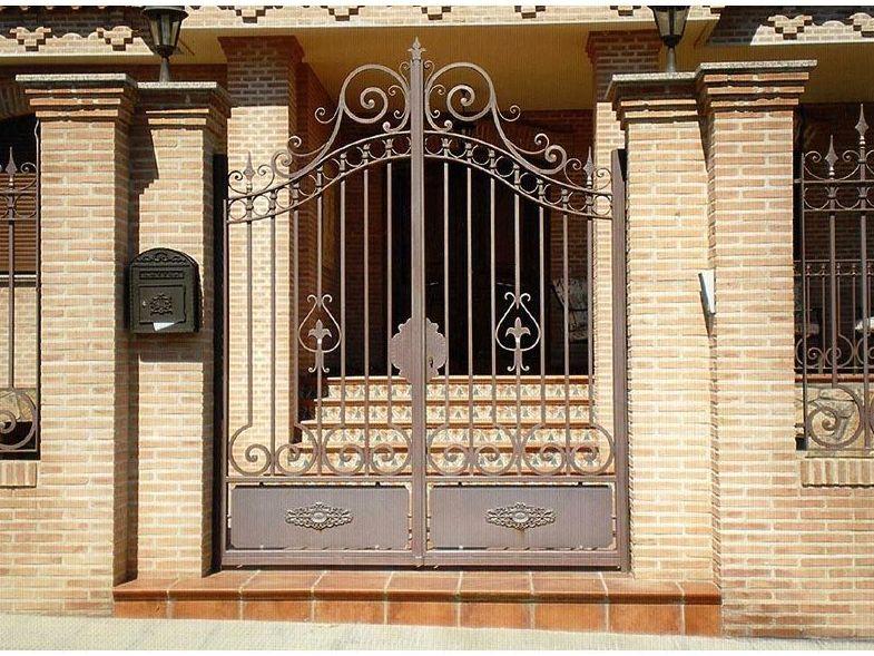 P14 - Puertas de entrada,garaje,comunidades