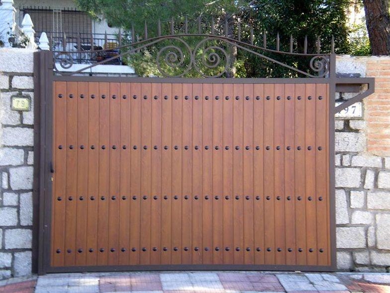 P24 - Puertas de entrada,garaje,comunidades