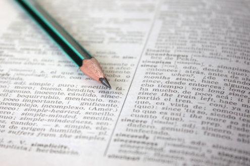 Traducción normal: Trabajos de Abacá Traducciones
