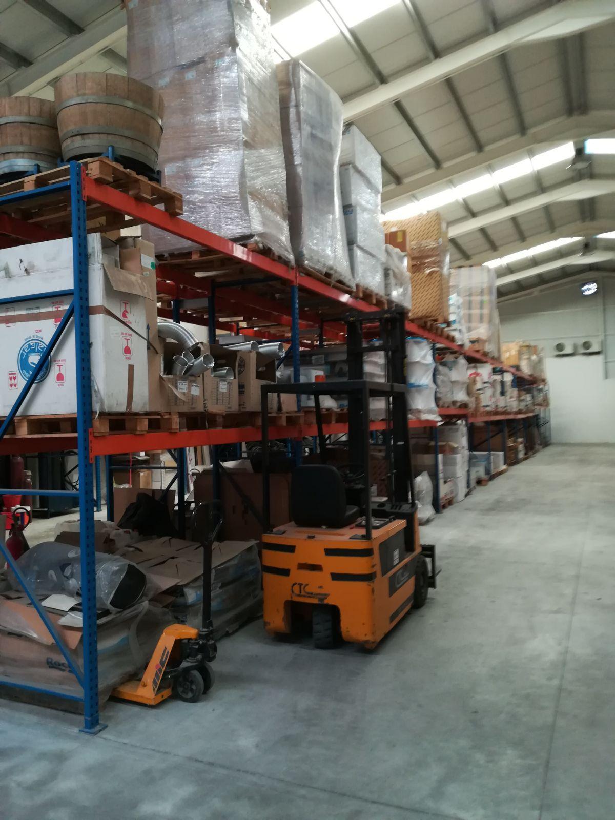 Alquiler de maquinaria para la construcción: Servicios de Saneamientos Cuéllar SRL