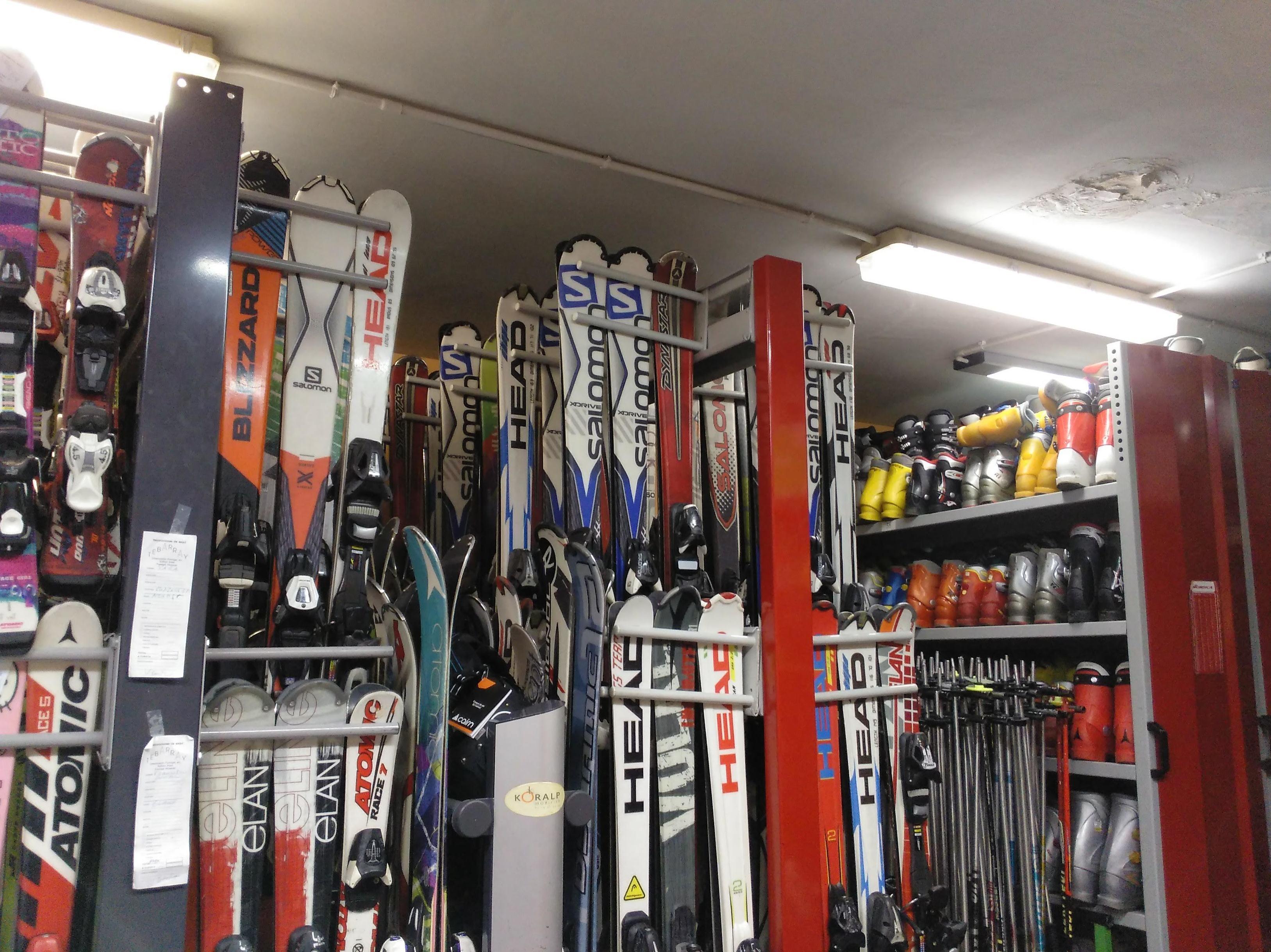 Alquiler material esqui: Servicios de Tebarray Boutique Sport Ski