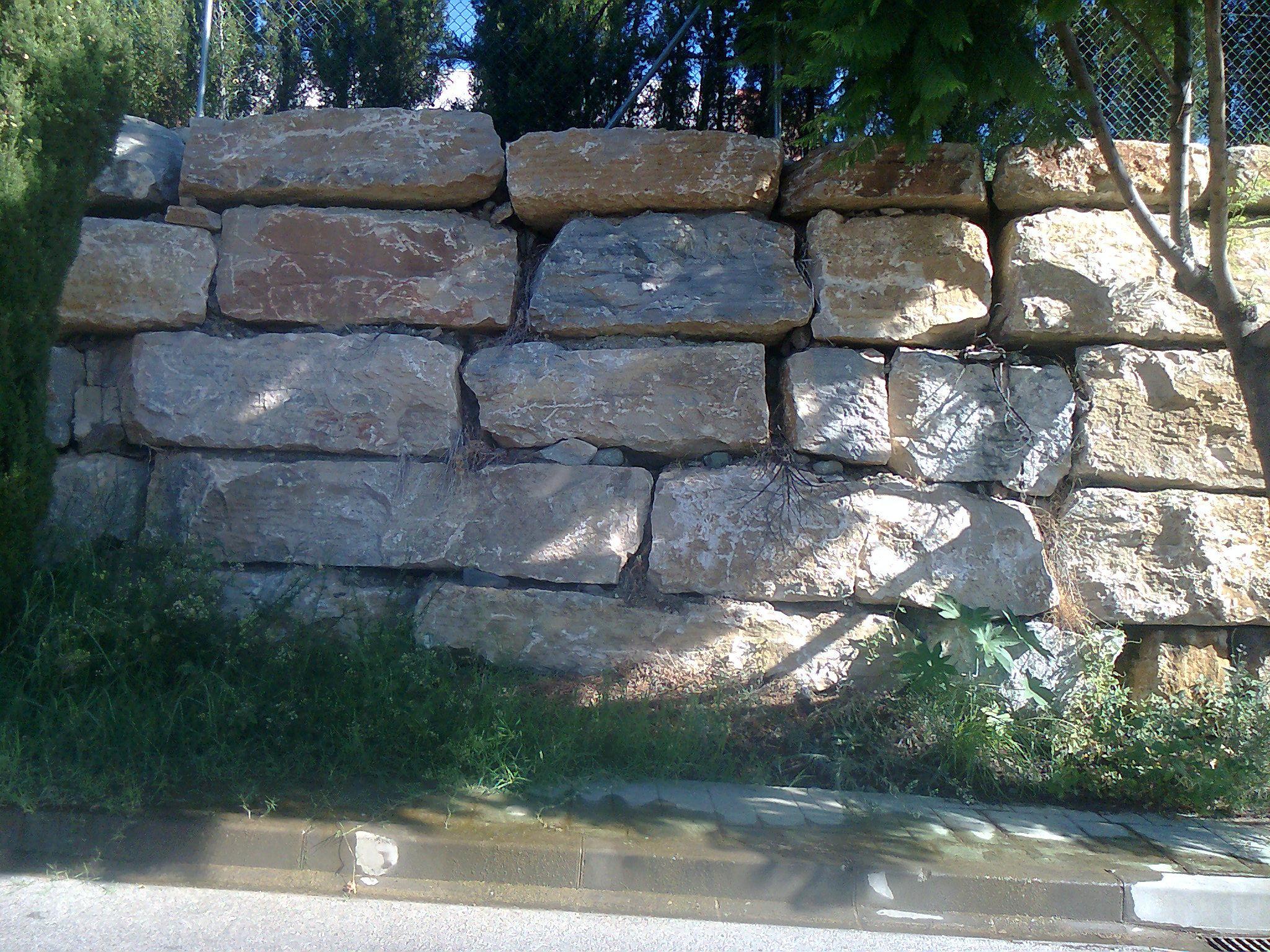 Foto 5 de Excavaciones en San Pedro de Alcántara | Excavaciones García Holgado, S.L.