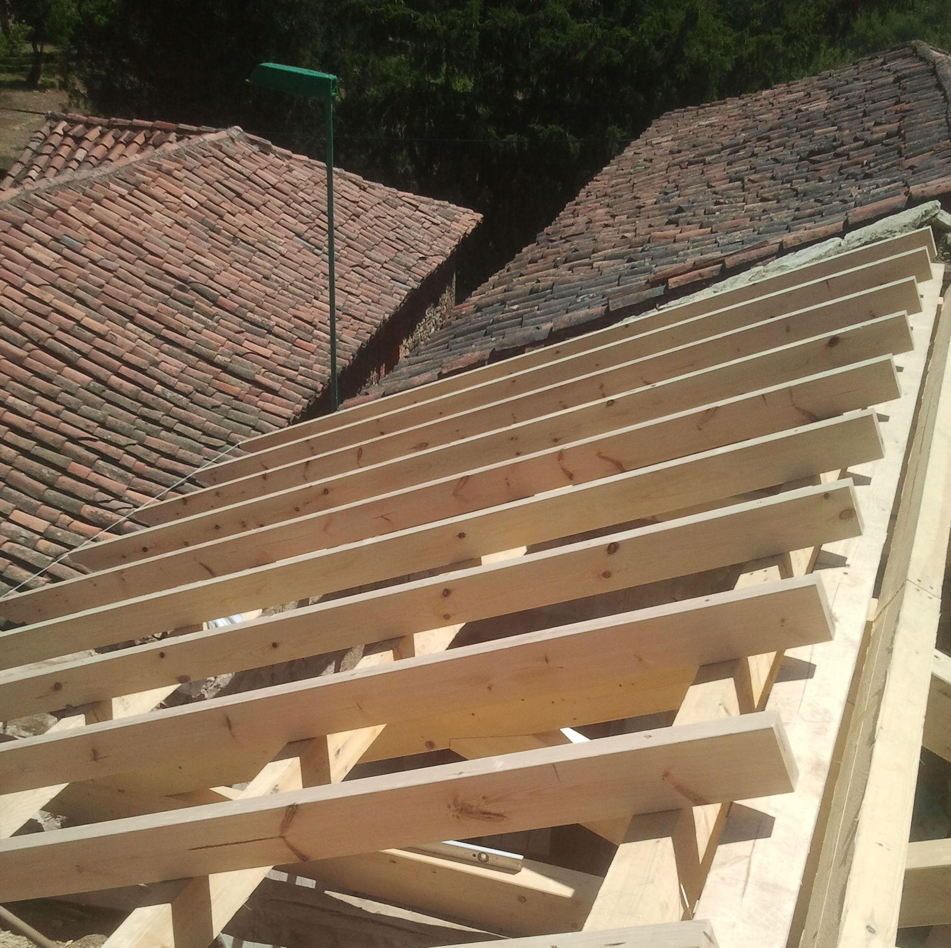 Cubiertas de madera con panel sandwich: Servicios de Cubiertas Eduardo