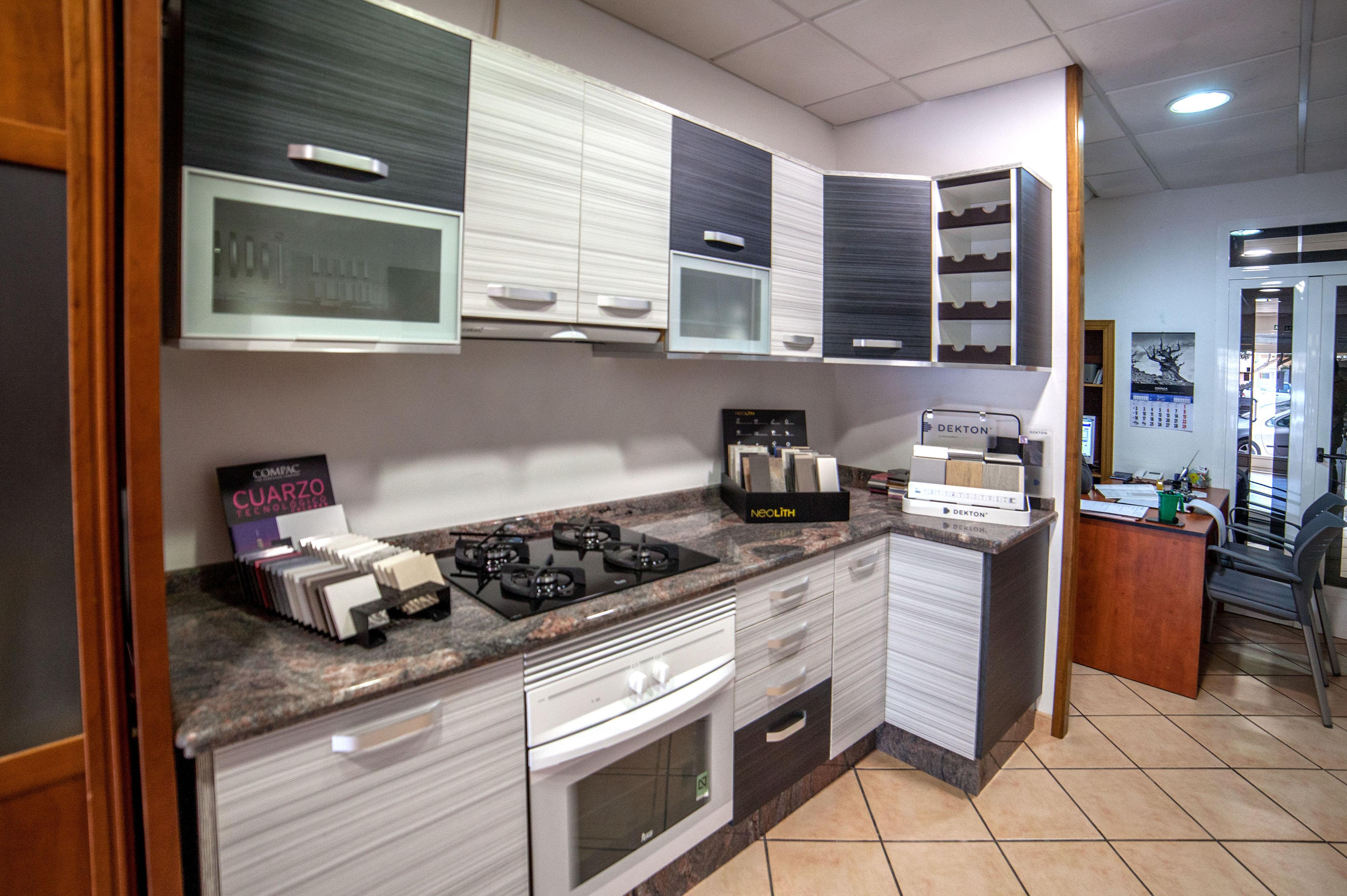 Foto 5 De Muebles De Cocina En El Grao De Castell N Modul Grau  # Muebles Castellon