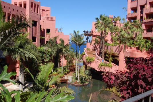 Jardín para complejo de viviendas
