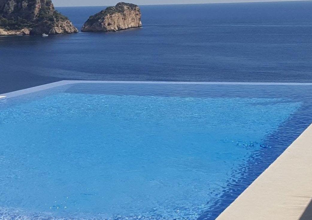 Foto 21 de Instalación de piscinas en    Aiguanet Garden & Pool