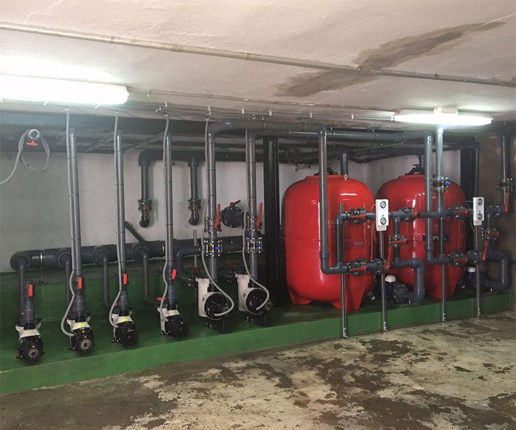 Sala de máquinas de un complejo de apartamentos