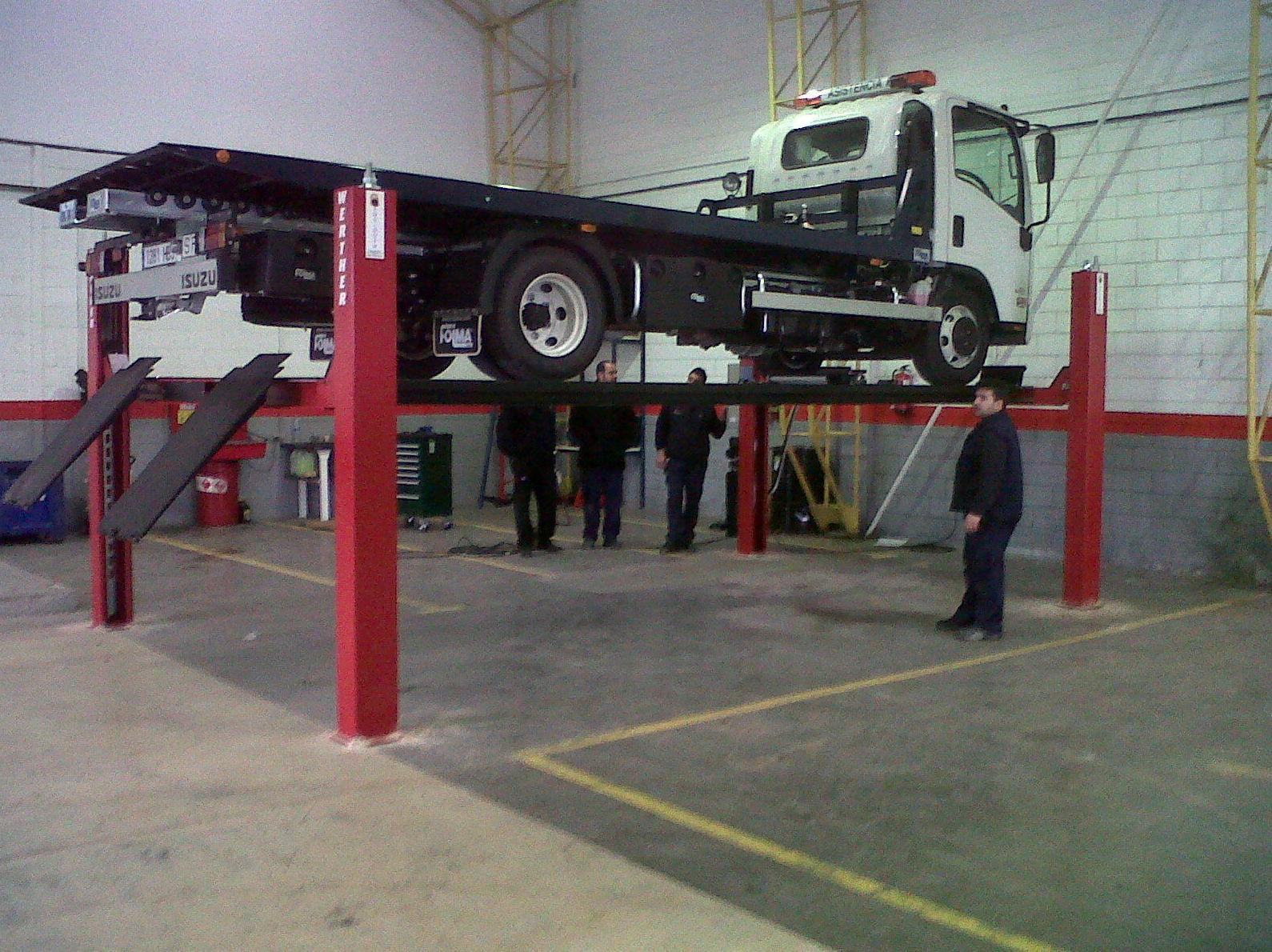 Foto 13 de Maquinaria para taller del automóvil en Valencina de la Concepción | Maquidosa, S.L.