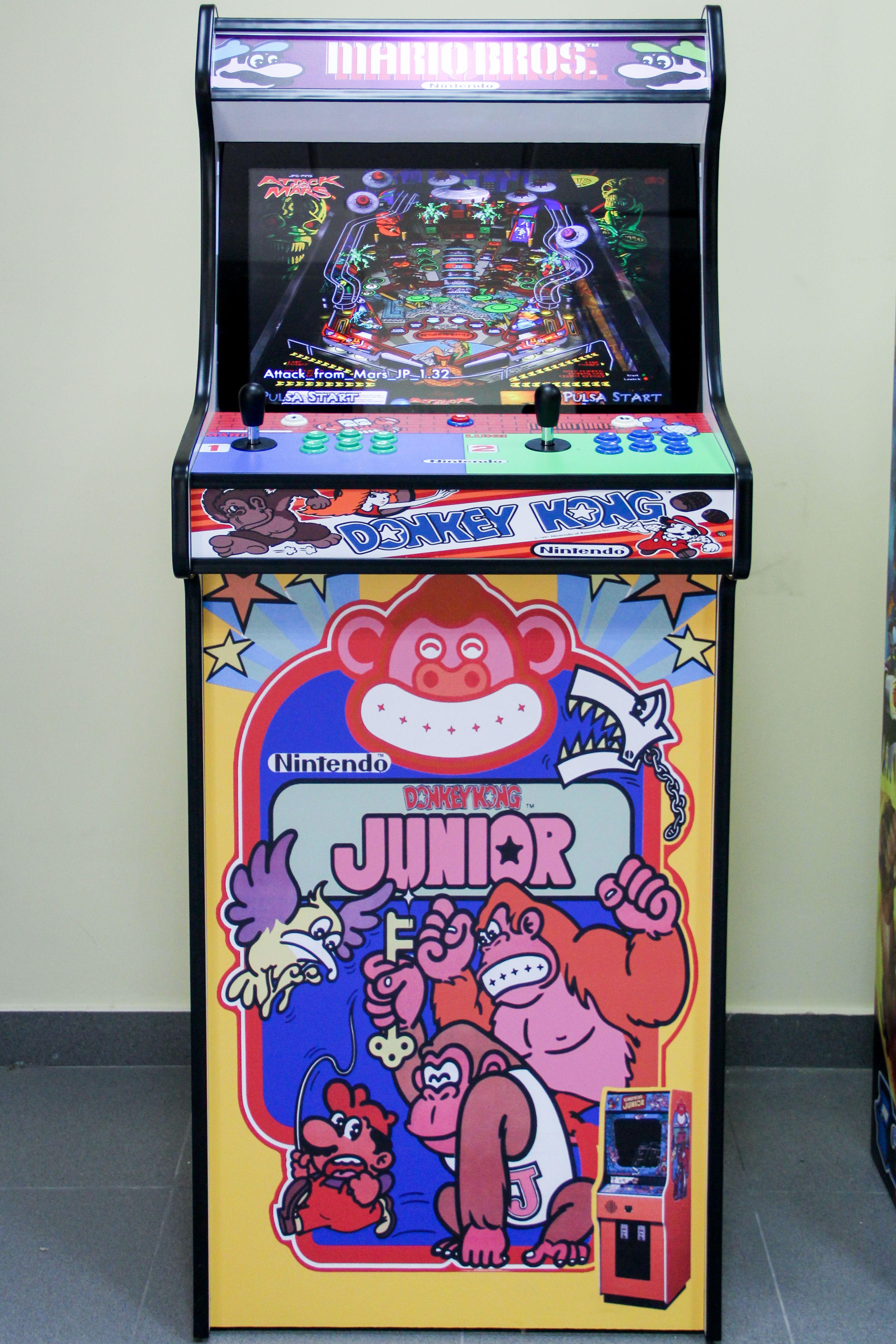 En Arcade Retro nos dedicamos a la fabricación de máquinas recreativas