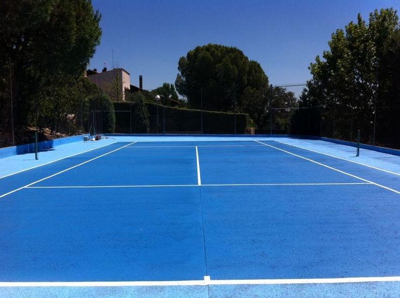 Reconversion de pista tipo tennisquick  de hormigón poroso a resina elastomérica Masters 1000