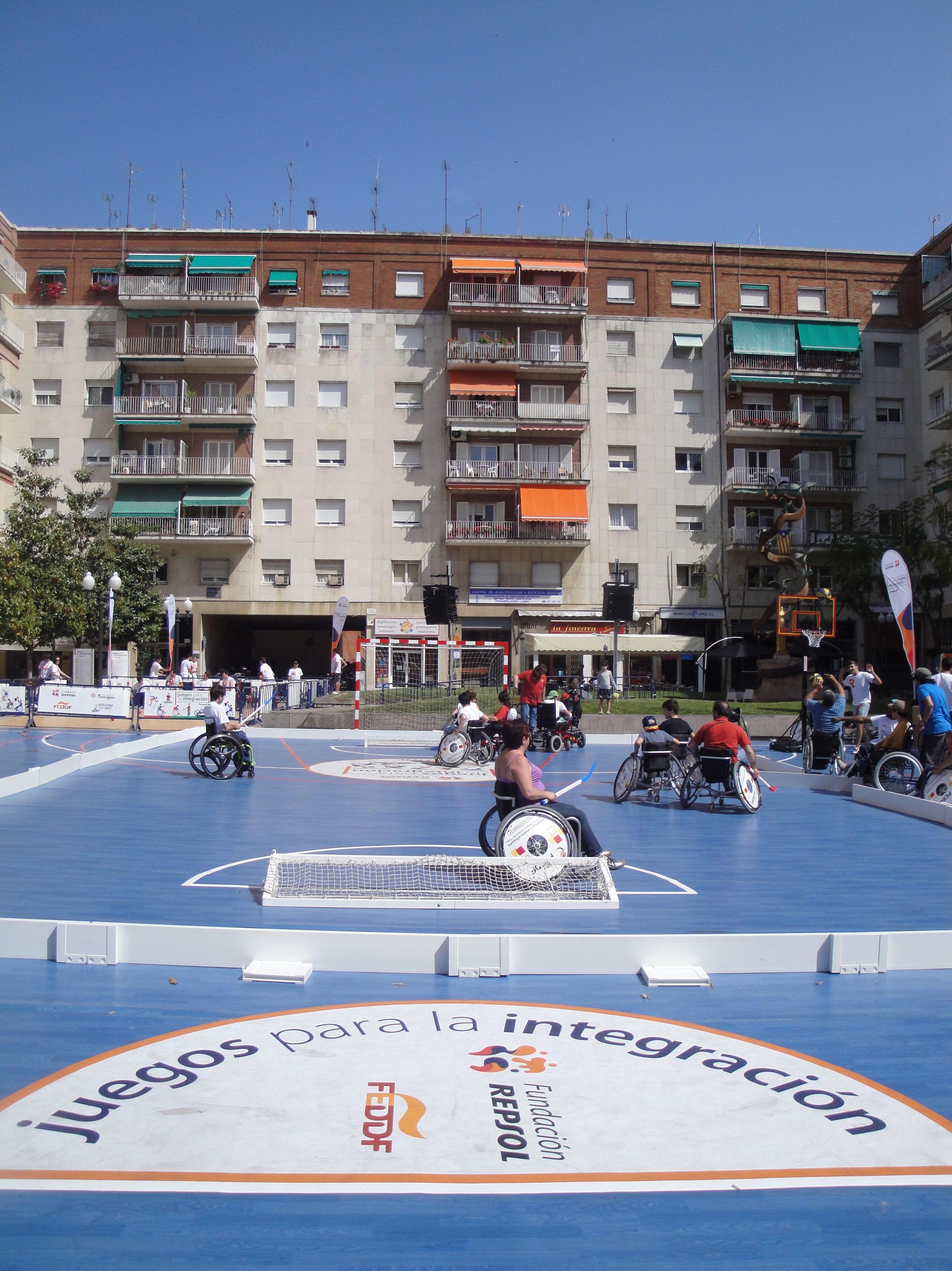 Pista multideporte para discapacitados