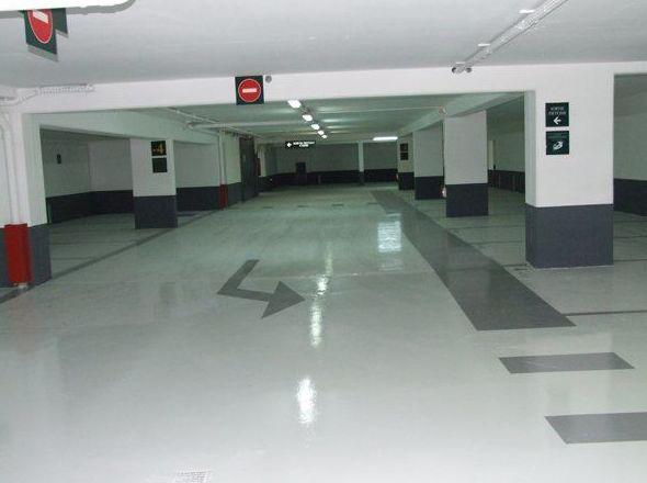 Pavimento garaje comunitario con resina epoxi
