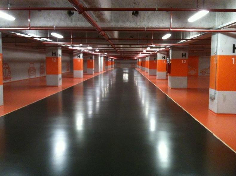 Pavimentos para parking-autonivelante cementoso sellado con poliuretano