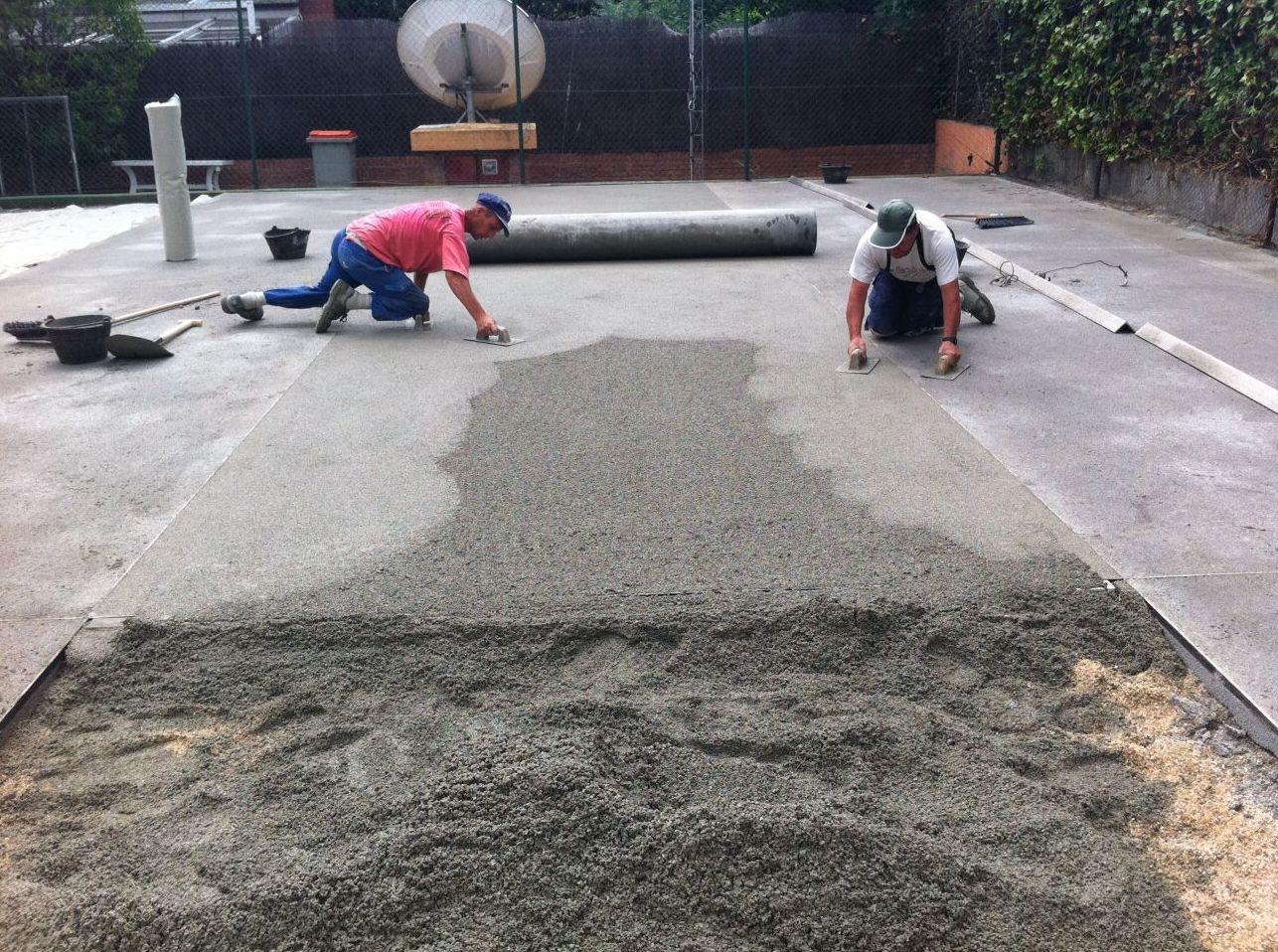 Construcción pavimento hormigón poroso