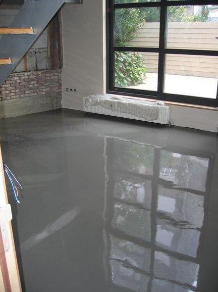Renueve su vivienda a base de pavimento autonivelante, fácil limpieza y alto brillo