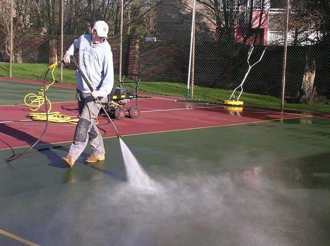 Limpieza de pistas sintéticas, recuperación de drenaje de pavimento poroso