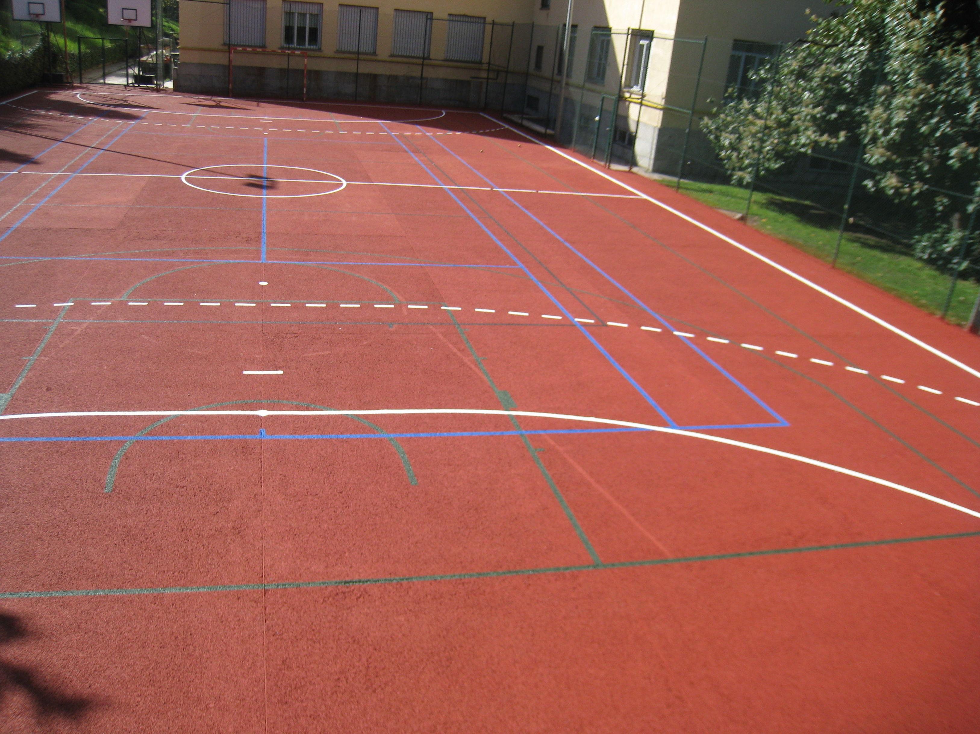 Foto 652 de pavimentos en pavimentos pavipor for Piscina complutense madrid