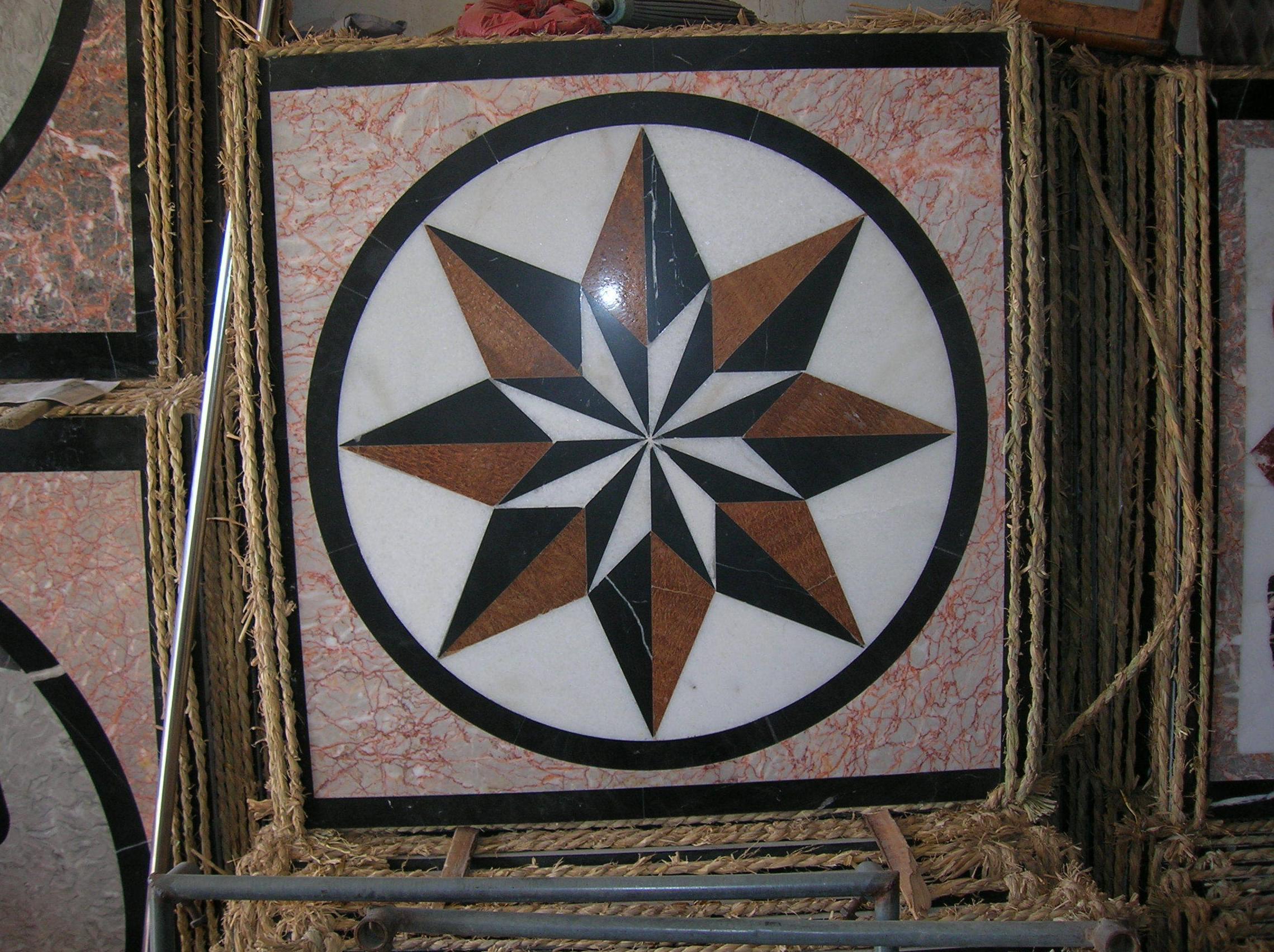 Mosaico de mármol pulido