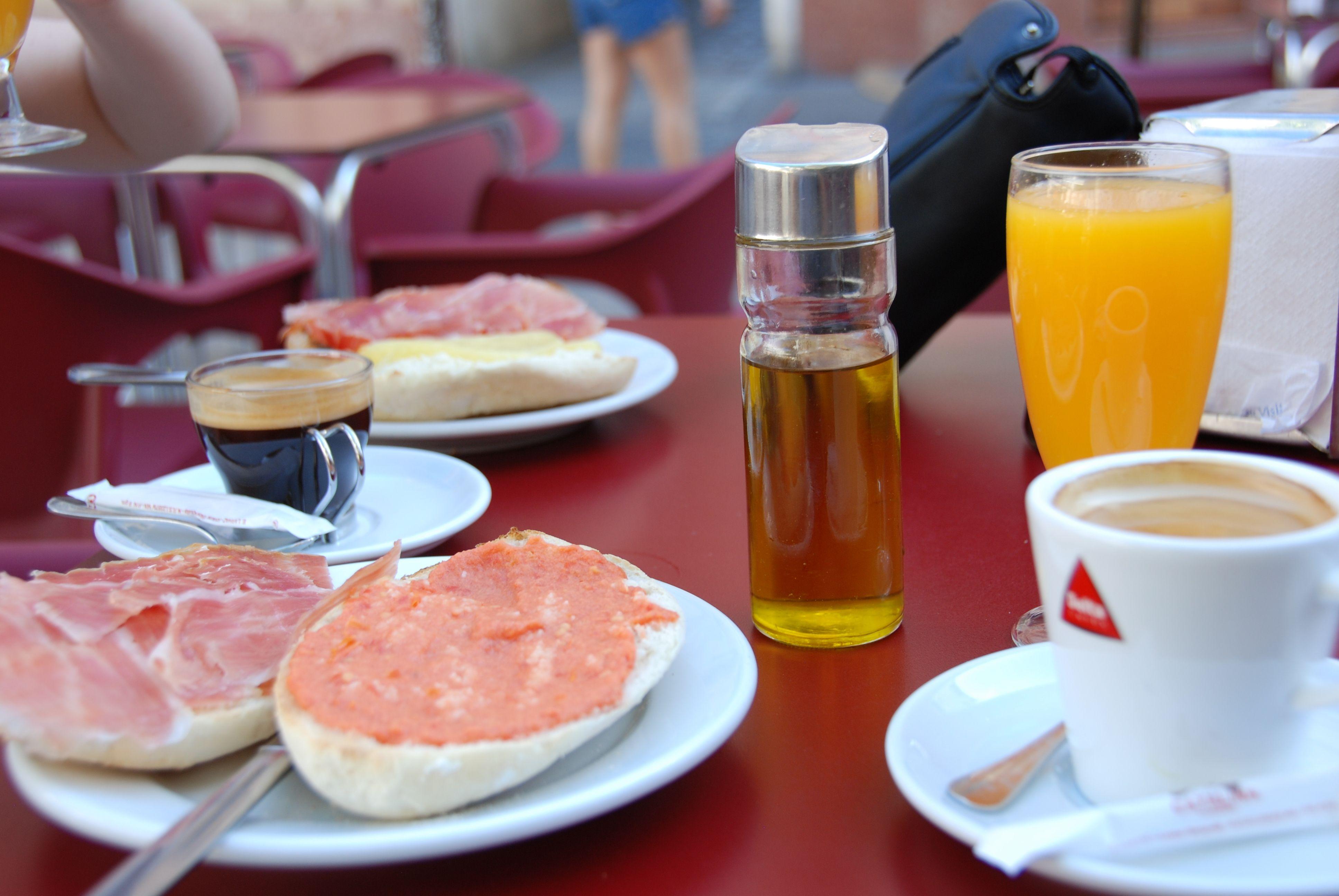 Molletes: Carta y menús de El Vallina
