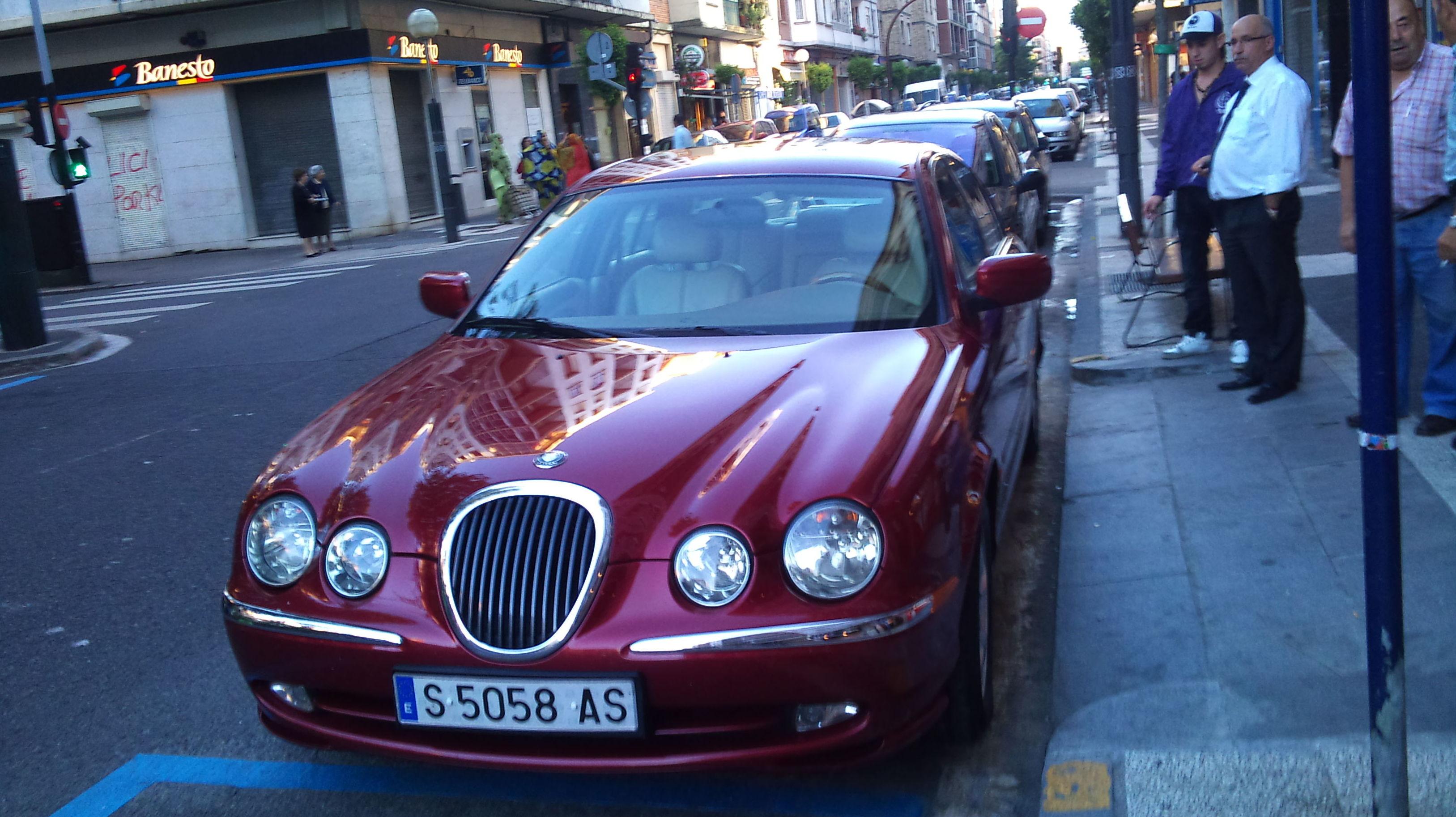 Foto 10 de Cristalería del automóvil en Vitoria gasteiz | Información
