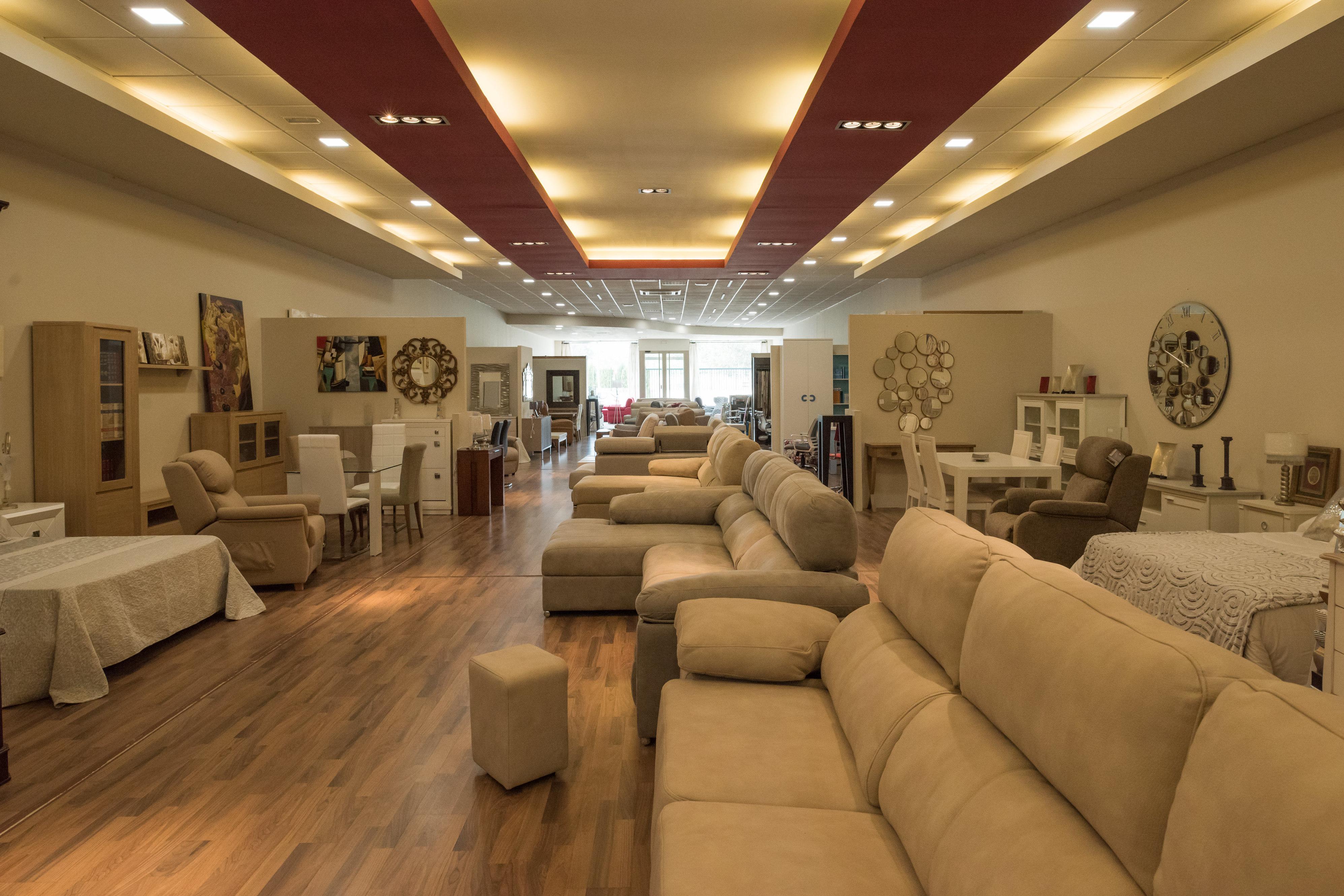 Exposición de muebles en Córdoba