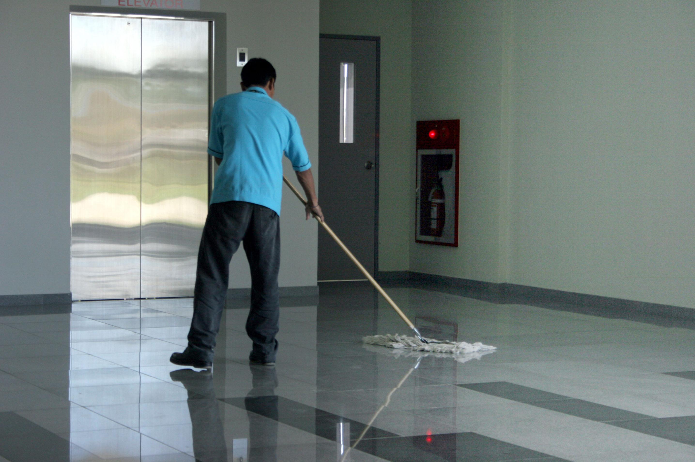 Profesionales en limpieza de comunidades