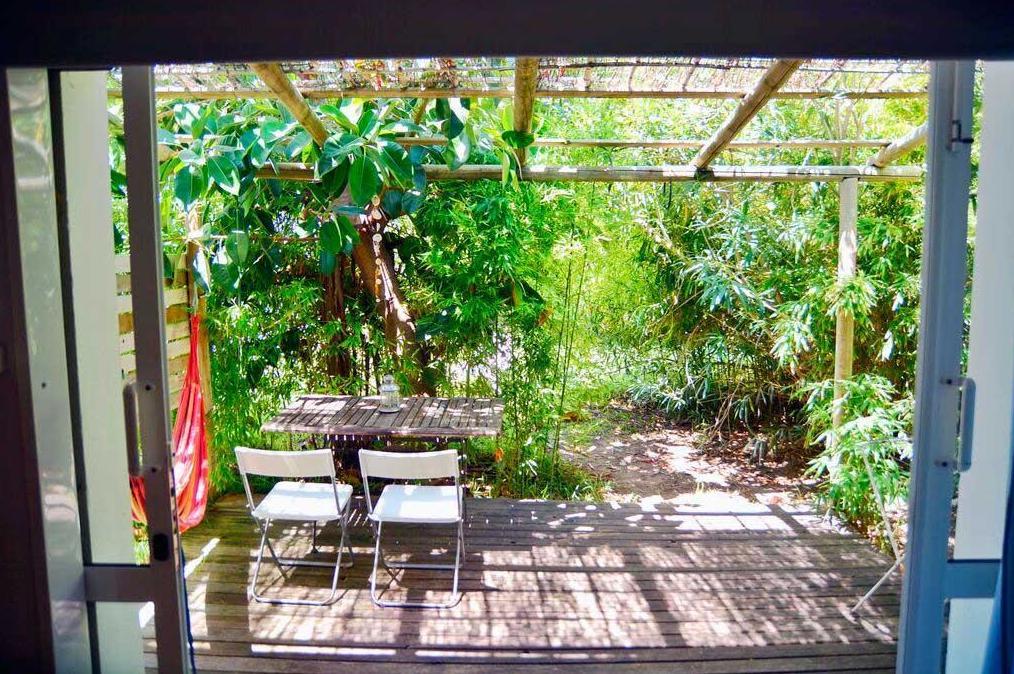 Bungalows Puravida, disponemos de un jardín autóctono de 4.000 m2