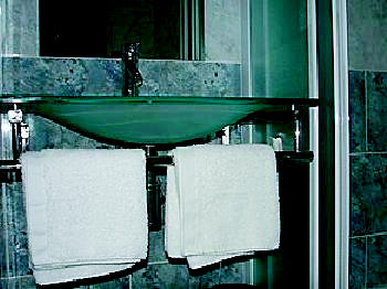 Foto 9 de Hostales en Sant Celoni | L'Hotelet