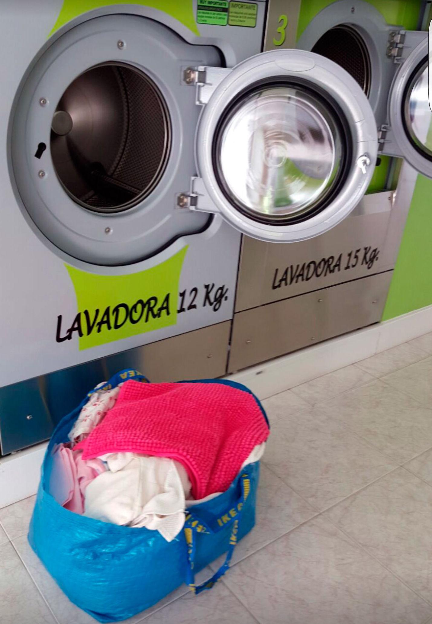 Lave su ropa más barato que en casa