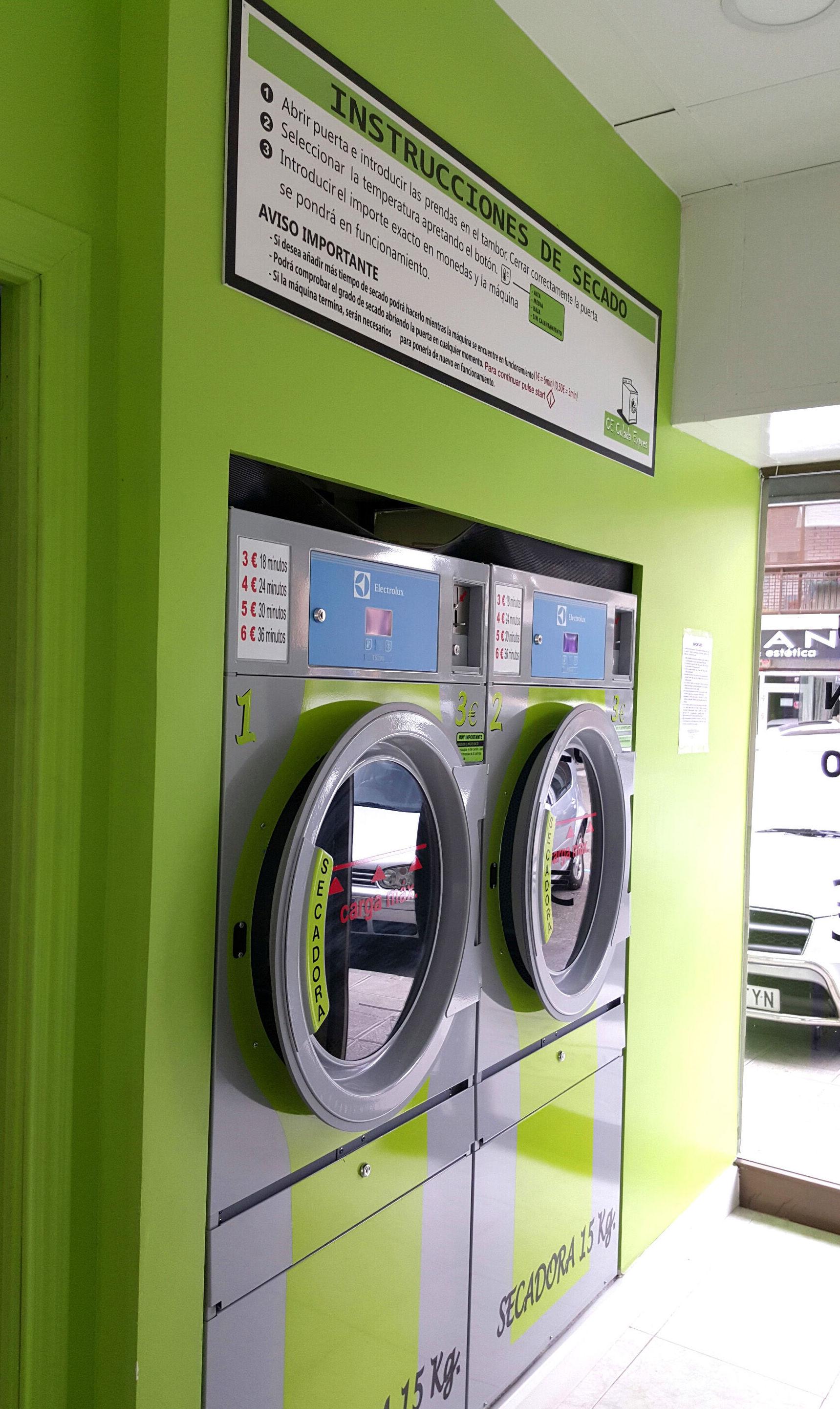 Lavandería con secadoras en Toledo