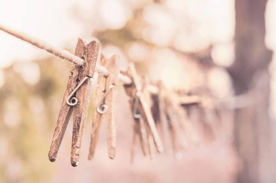 Si el clima os ha traído lluvia para esta semana, recordad que podéis cambiar las pinzas por nuestras secadoras. Encontrad vuestra #lavandería de #autoservicio #ColadaExpres Toledo  en 18 minutos, #secado resuelto.