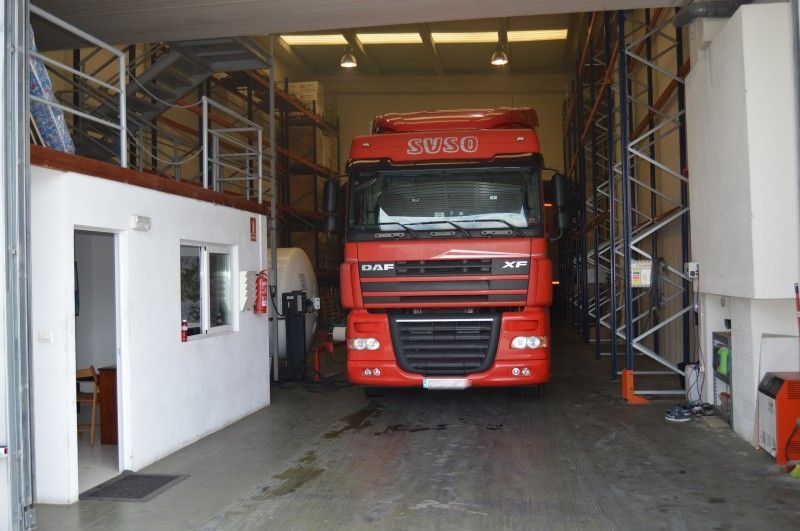Empresa especializada en transportes de mercancías