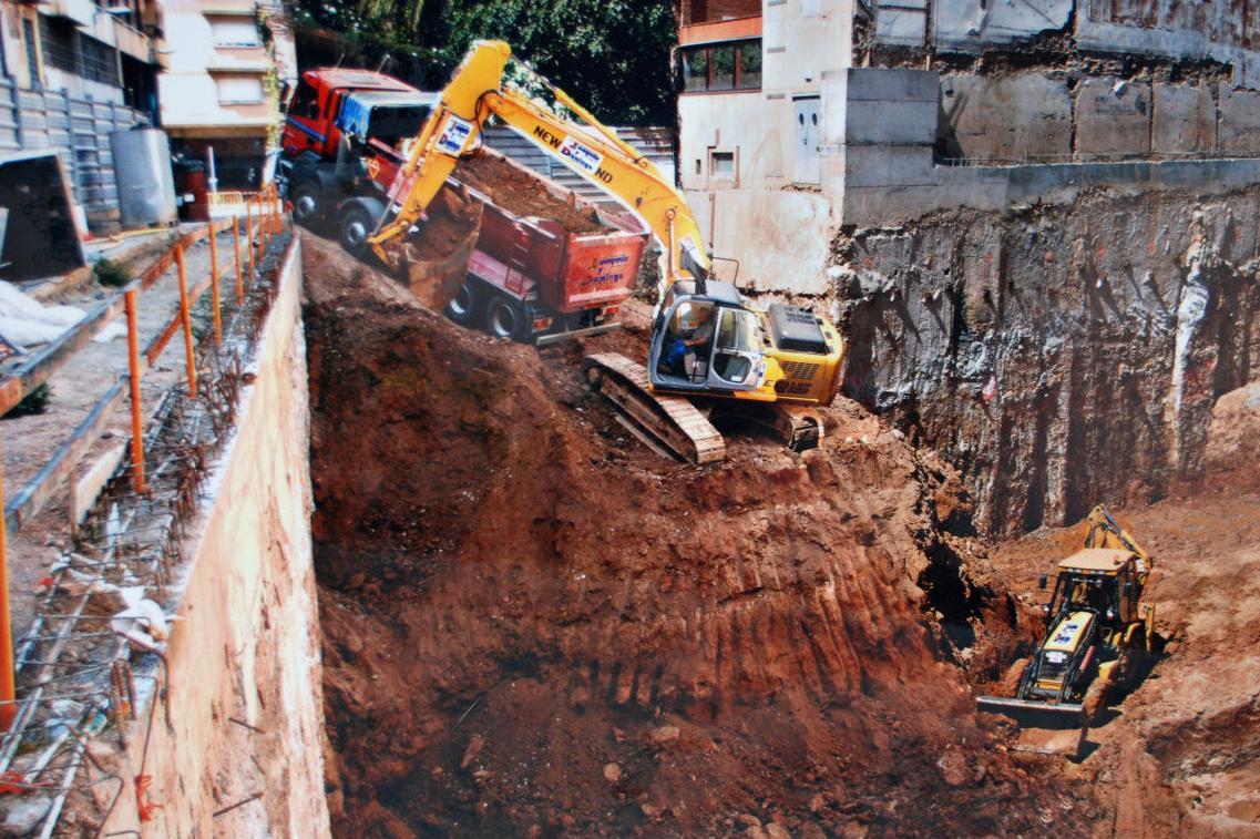 Excavación a cielo abierto a 14 metros.