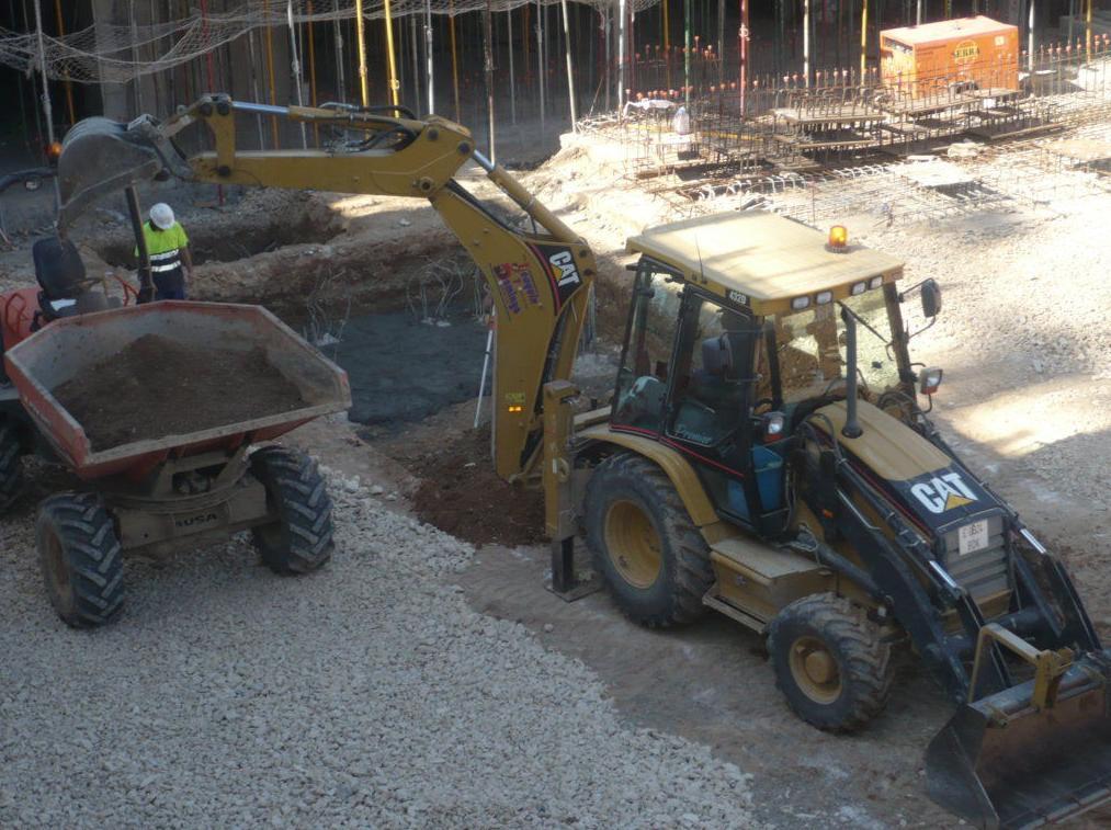 Excavación en cimentación.
