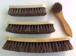 Cepillo limpieza y brillo zapatos