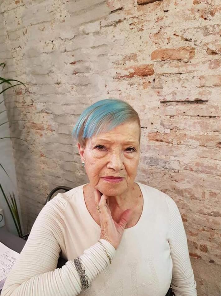 Foto 33 de Peluquerías de hombre y mujer en Madrid | Corto y Cambio