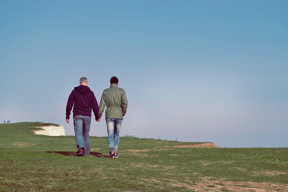 Amarres del mismo sexo: Amarres de amor de Vidente Chalana y Yesenia