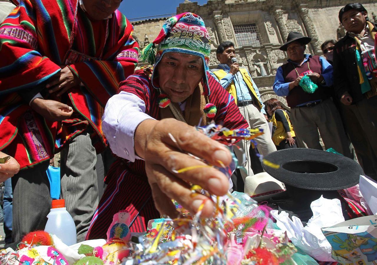 Rituales de alejamiento: Amarres de amor de Vidente Chalana y Yesenia