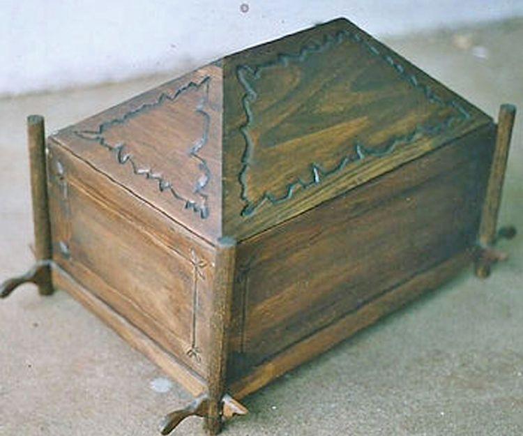 Restauración de muebles antiguos en Santiago de Compostela